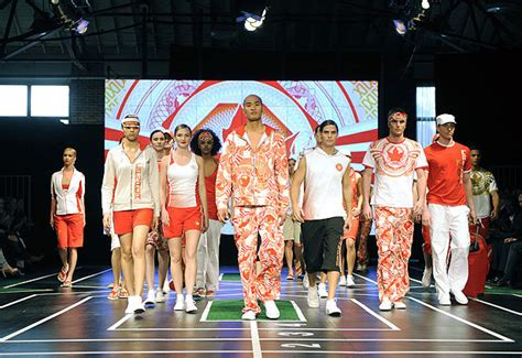 Canada's Olympians to wear clothing from China | The Star