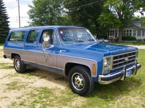 Chevrolet Suburban Facts for Kids