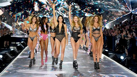 Every Look, Outfit from the 2018 Victoria's Secret VS